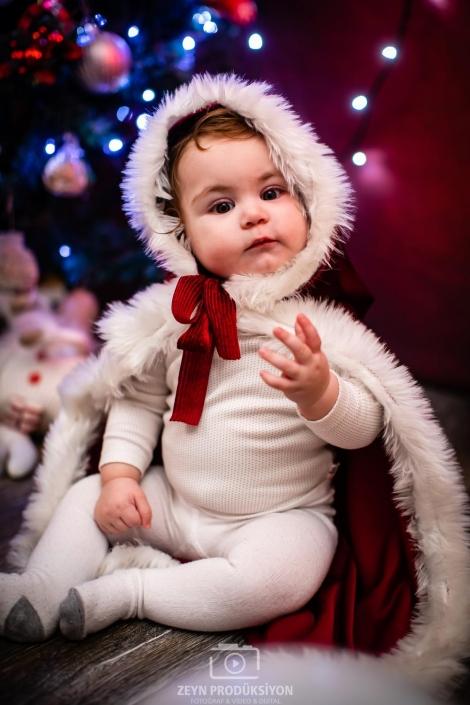 Defne Bebek Yılbaşı Fotoğraf Çekimi