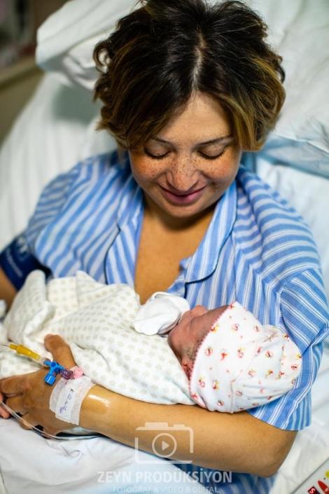 Esin Bebek Doğum Fotoğrafları